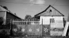 DRAMĂ într-o familie din Nisporeni. Un băiețel a murit asfixiat după ce a căzut într-o toaletă