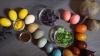 Util! Cum să vopseşti ouăle de Paşte cu produse pe care le găsești la tine în bucătărie (VIDEO)