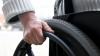 Copilărie în scaunul cu rotile. Povestea tragică a unui băiat din Ungheni, care suferă de paralizie cerebrală