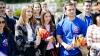 """""""SUNTEM MÂNDRI!"""" Tinerii din PD au împărţit steguleţe pentru a promova Drapelul de Stat (FOTO/VIDEO)"""