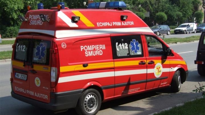 ACCIDENT GRAV în lanț, produs în nordul Bucureștiului. Trei minori au fost transportați la spital
