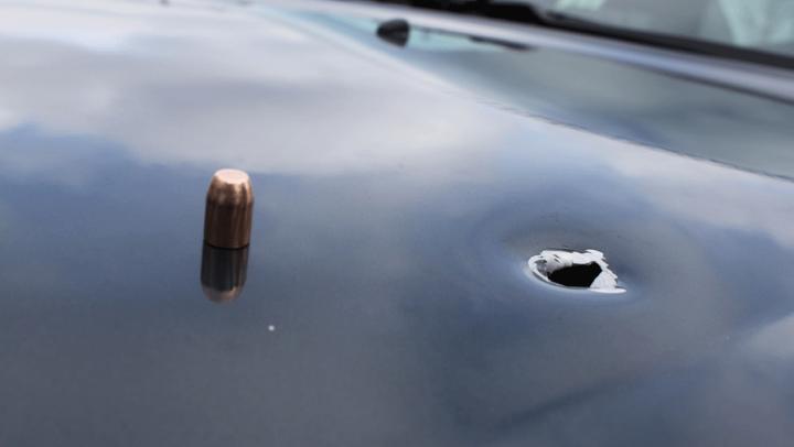 Reglare de conturi între mafioţi SOLDATĂ cu un glonţ în maşina unui diplomat american la Baku