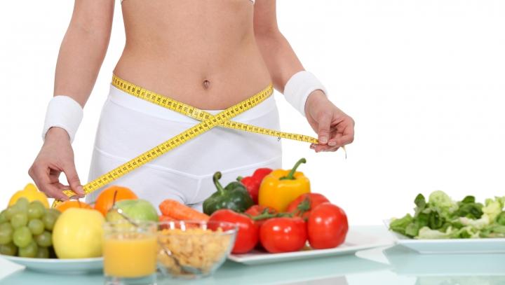 S-a descoperit o nouă dietă: REGULA BIZARĂ pe care o are