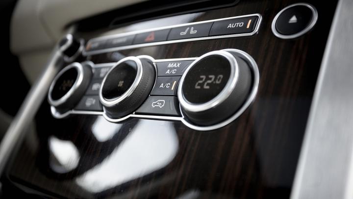 VINE CANICULA! Cum să te asiguri că vei avea aer răcoros şi curat în maşină