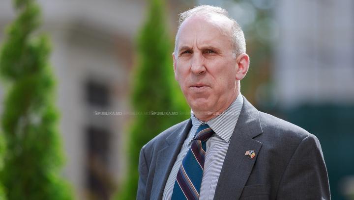 INTERVIU EXCLUSIV! Moldova, văzută prin ochii ambasadorului SUA, James Pettit