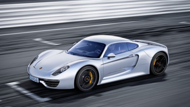 Porsche ar putea ataca Huracan și 488 GTB cu viitorul 960