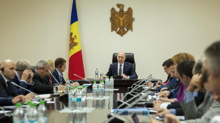 Guvernul planifică să accelereze implementarea proiectelor de infrastructură