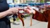"""Panglica """"Sfântul Gheorghe"""" provoacă violenţe în Ucraina. Un polițist s-a ales cu nasul spart"""