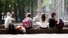 Moldovenii, gata să îşi trimită copiii la tabere în străinătate. Câţi bani vor scoate din buzunare