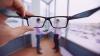Trebuie să le eviți cu orice preț: Cinci obiceiuri care îţi deterioreaza vederea