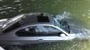 INCREDIBIL! O femeie a ajuns cu maşina într-un lac din cauza unei erori a dispozitivului GPS