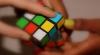 Descoperă secretul! Cea mai simplă metodă de a rezolva cubul Rubik