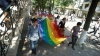 Participanţii la marşul LGBT, EVACUAŢI din cauza unor activişti religioşi AGRESIVI