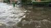 NO COMMENT! Zeci de case s-au prăbuşit din cauza inundaţiilor puternice (VIDEO)