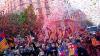 Mii de fani ai Barcelonei au sărbătorit pe străzi câștigarea titlului de campioană a Spaniei la fotbal