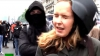 (VIDEO) Reporteriţa unui canal rusesc de propagandă, LOVITĂ PESTE CAP în timp ce relata din Paris