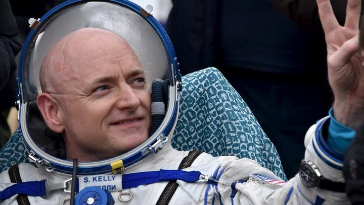 Astronautul Scott Kelly se confruntă cu GRAVE probleme de sănătate la trei luni de la revenirea din spaţiu