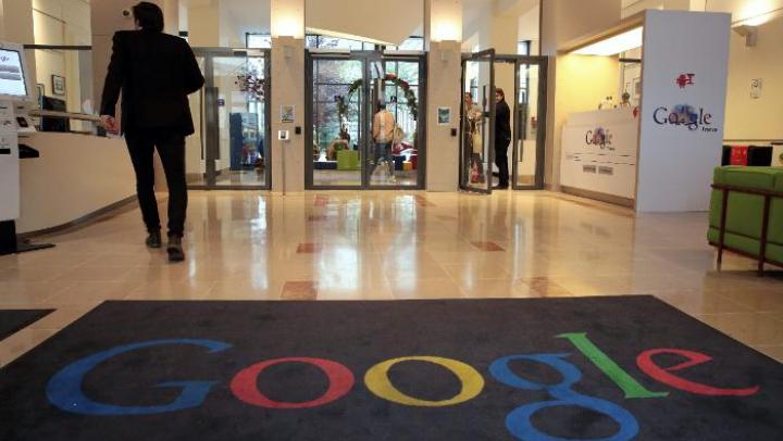 PERCHEZIŢII DE AMPLOARE la sediul Google din Paris