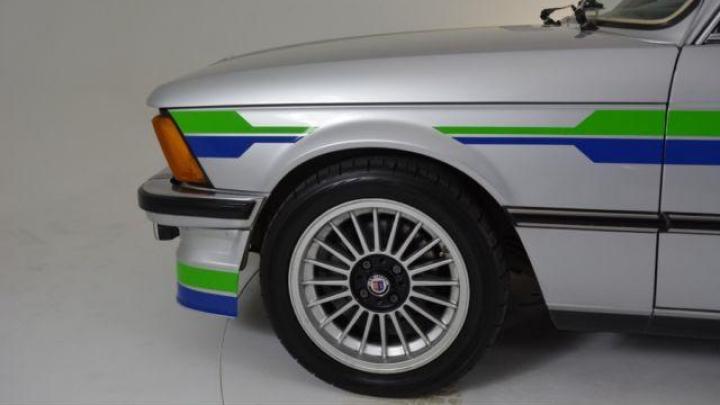 COMOARĂ DE VÂNZARE! Un BMW E21 exclusivist atrage toate privirile fanilor mărcii (VIDEO)