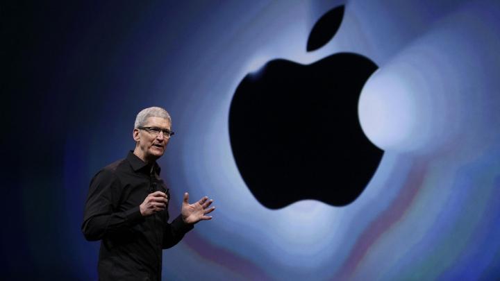 Warren Buffett încearcă să salveze Apple. Au fost cumpărate acțiuni de un miliard de dolari