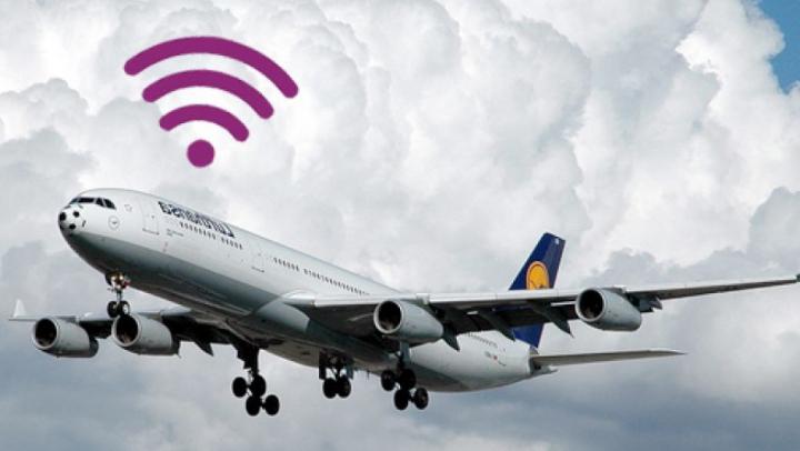 INCREDIBIL! Vezi ce panică a fost într-un avion din cauza unui hotspot WiFi
