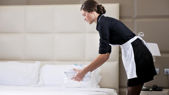 """Secretele """"murdare"""" ale hotelurilor! Cameristele fac DEZVĂLUIRI care te vor şoca"""