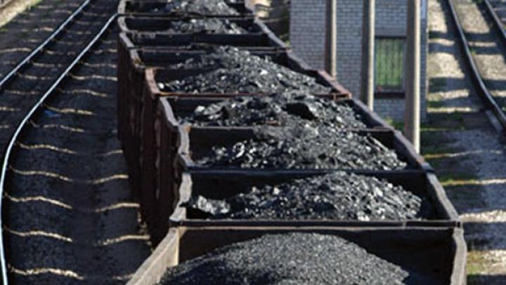 Japonia şi Germania, principalele surse de finanţare a cărbunelui din G7