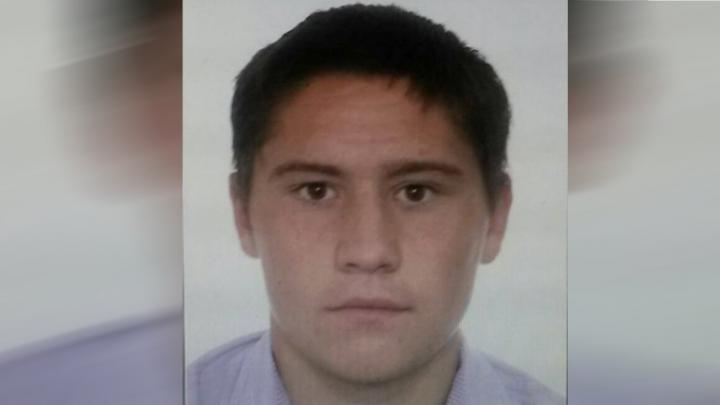 Poliția cere ajutorul. Un tânăr, DAT ÎN CĂUTARE după ce A EVADAT din incinta judecătoriei Ialoveni
