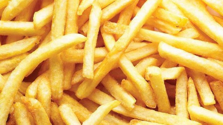 Îți plac cartofii prăjiți la nebunie? Ce se petrece în organismul tău când îi mănânci prea des