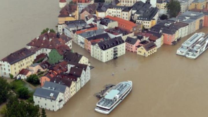 Inundaţiile fac PRĂPĂD în Germania! Mai multe regiuni au fost cuprinse de ape (VIDEO)