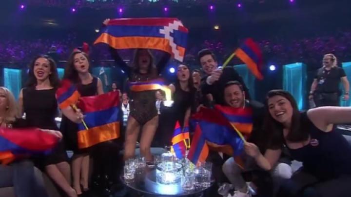 SCANDAL la Eurovision. Reprezentanta Armeniei a fluturat steagul Nagorno-Karabah în prima semifinală