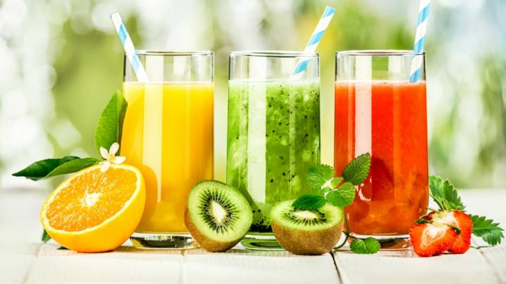 Te poți îmbolnăvi grav! Ce efecte poate avea asupra sănătății sucul de fructe, făcut în casă