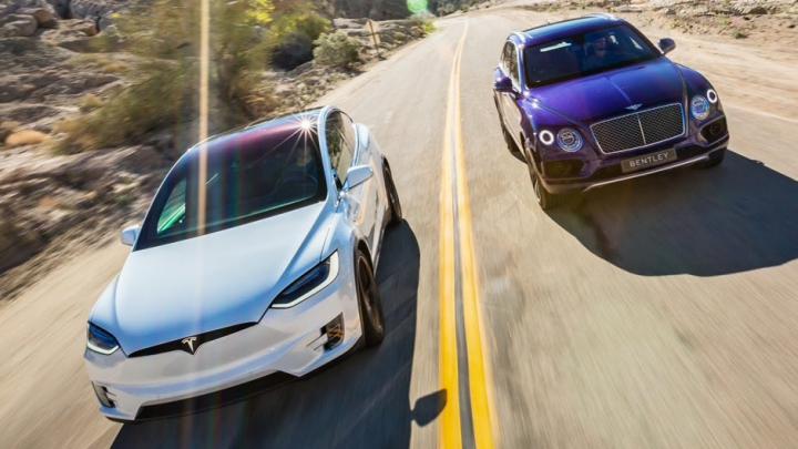 Tesla Model X vs Bentley Bentayga. Care este, DE FAPT, cel mai rapid SUV din lume (VIDEO)