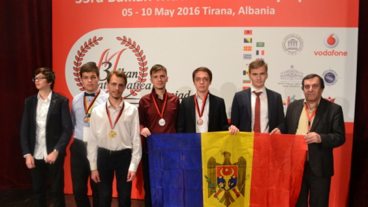 Elevii moldoveni au luat AURUL, ARGINTUL şi BRONZUL la Olimpiada Balcanică de Matematică
