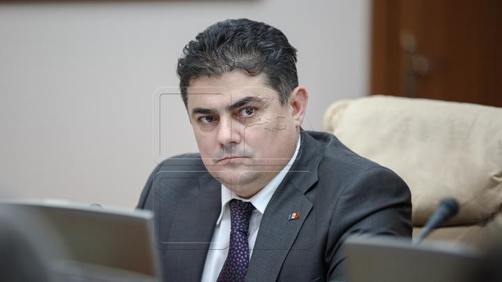 Ministrul Economiei şi Infrastructurii, Octavian Calmâc, invitat la emisiunea Fabrika