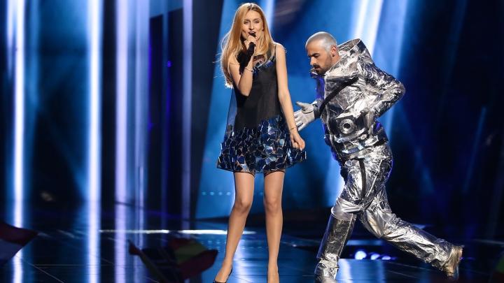 REACŢIILE internauţilor după ce Lidia Isac nu s-a calificat în finala Eurovision 2016 (FOTO/VIDEO)
