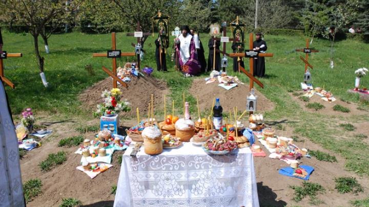 Sărbătoare mare! Tradiţii şi obiceiuri de Paştele Blajinilor