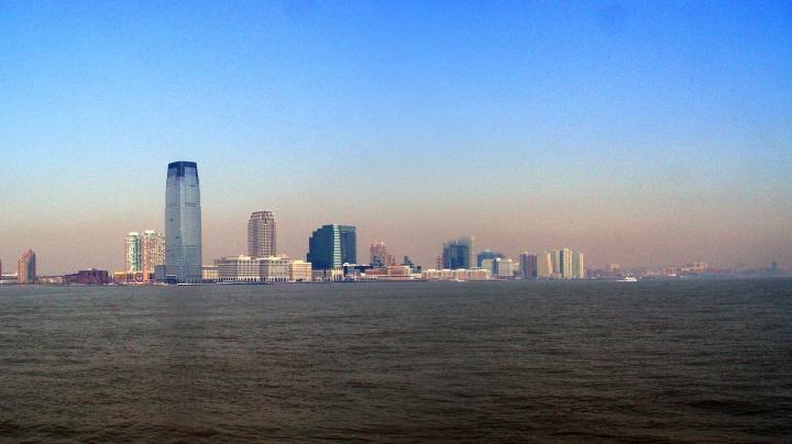 TRAGEDIE! O persoană a murut, după ce un avion s-a prăbușit în fluviul Hudson la New York