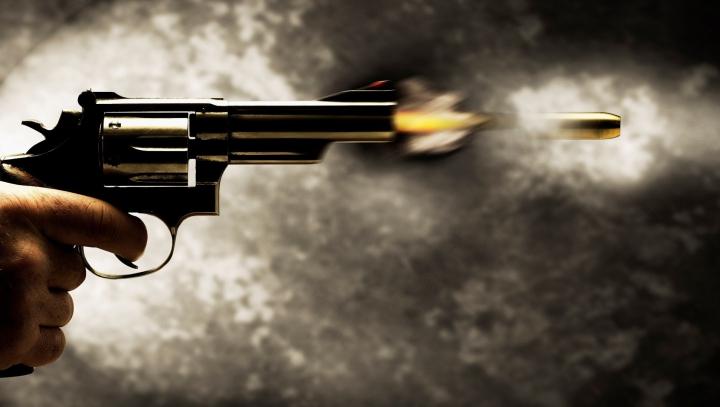 Gelozia i-a luat minţile! Un bărbat a deschis focul într-o cafenea. Sunt morţi şi zeci de răniţi (VIDEO)