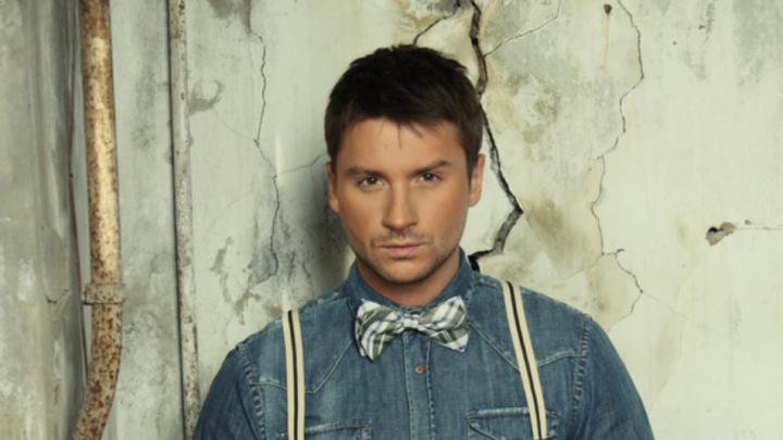 Ghinion pentru reprezentantul Rusiei la Eurovision! Serghei Lazarev a căzut pe scenă