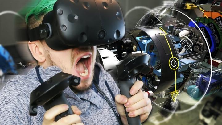 Record Guinness: Cât timp a petrecut un tânăr cu ochelarii de realitate virtuală