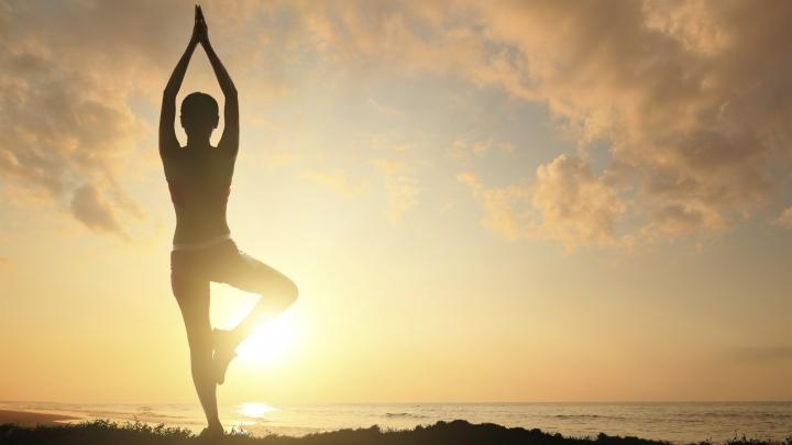 STUDIU: Yoga e mai bună pentru memorie decât exerciţiile