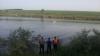 TRAGEDIE la scăldat! Un bărbat a intrat în lac să se răcorească, însă a fost înghiţit de ape