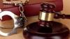 Doi avocaţi şi un ofiţer de urmărire penală vor apărea pe banca acuzaţilor pentru trafic de influenţă