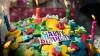 UIMITOR! O familie a cumpărat un tort pentru aniversarea fetiţei. Ce au găsit în el E DEZGUSTĂTOR