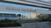 IMAGINI CUTREMURĂTOARE. Cum arată filiala Moldova Agroindbank în prag de prăbușire. REACȚIA BĂNCII