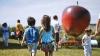 Carnavalul Copiilor la Vatra. Zi de poveste pentru zeci de micuți impresionați (VIDEO)