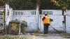 Descoperire macabră. Cadavrul unui bărbat a fost găsit lângă un tomberon de pe strada Dimo