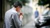 Cum a reacționat o femeie din Chișinău când cineva i-a făcut observație că fumează în stație (VIDEO)
