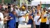 Nebunie mare la Cleveland! Jucătorii formaţiei Cavaliers au făcut turul de onoare pe străzile oraşului
